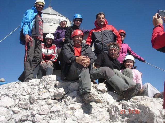 Geodeti na Triglavu 2010